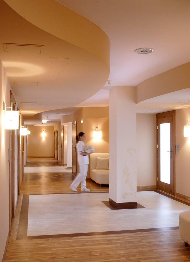 spa: styl , w kategorii Spa zaprojektowany przez JOL-wnętrza,Nowoczesny