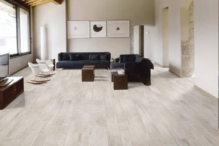 Gres porcellanato effetto legno Nadi Bianco 30x120: Pareti & Pavimenti in stile in stile Rustico di ItalianGres
