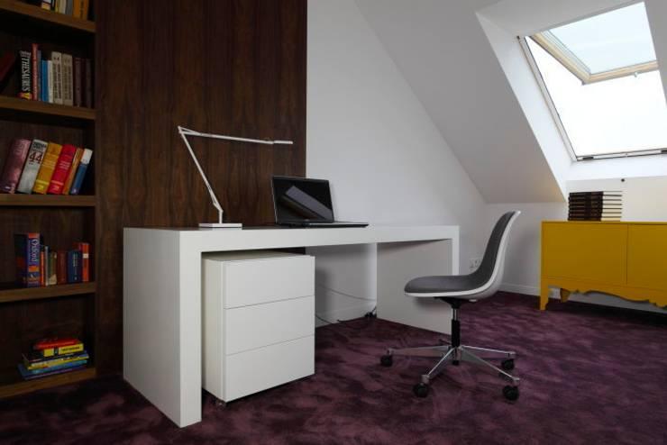 Innovative Simplicity: styl , w kategorii Sypialnia zaprojektowany przez Fotograf wnetrz  Dymitr Kalasznikow