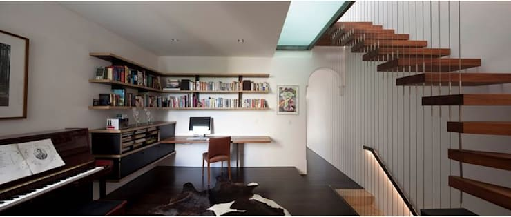 Photo by Brett Boardman:  Study/office by Sam Crawford Architects