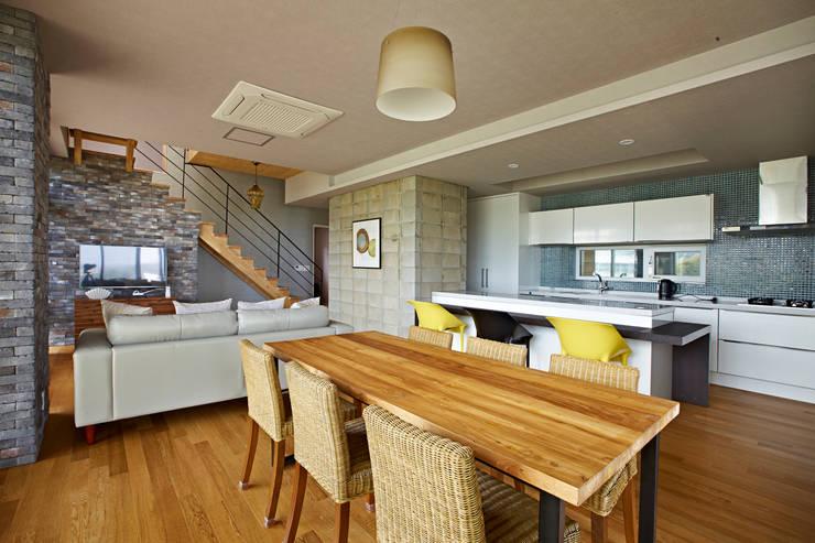 eridu: johsungwook architects의  거실
