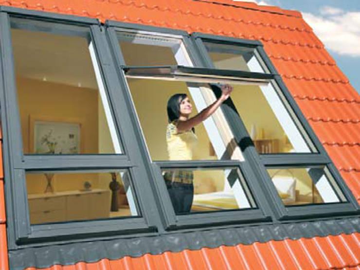 Окна и двери в . Автор – Fakro Pivot Çatı Pencereleri