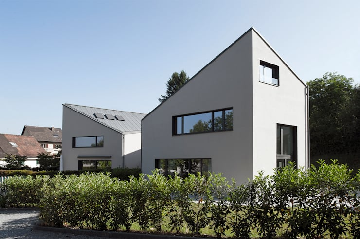 Einfamilienhäuser Weizenacher, Zumikon: moderne Häuser von René Schmid Architekten AG