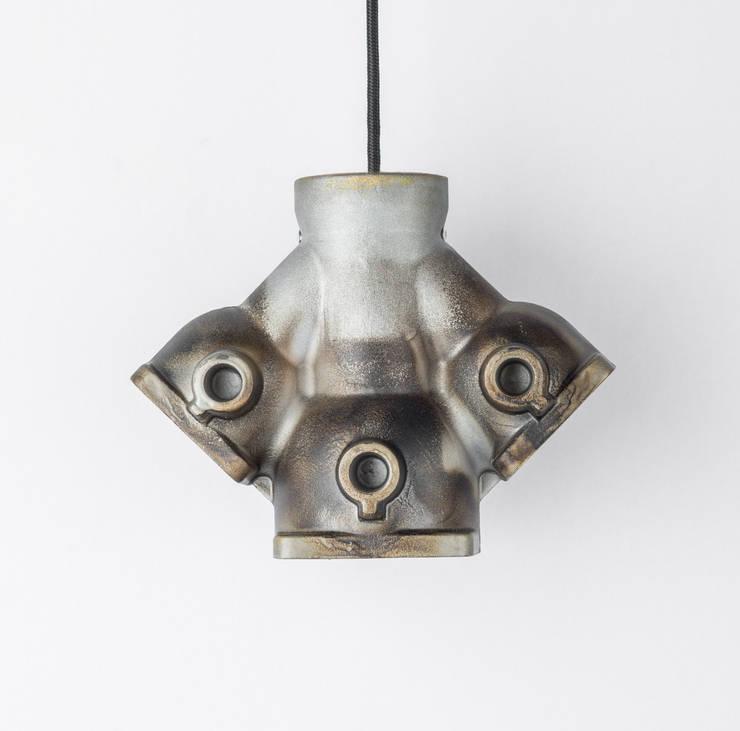 DI 04: styl , w kategorii Salon zaprojektowany przez Firelamps