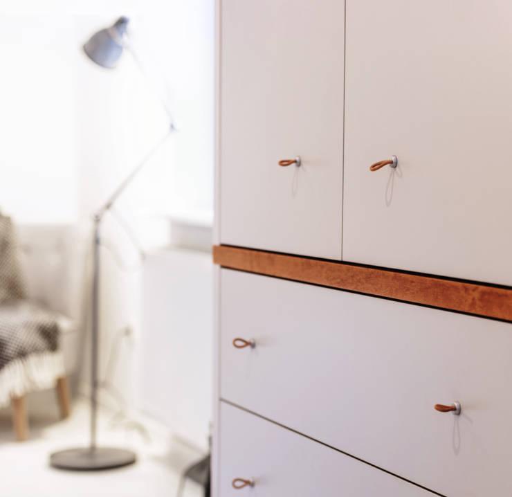 Sypialnia - detal zabudowy pod wymiar: styl , w kategorii Sypialnia zaprojektowany przez DoMilimetra