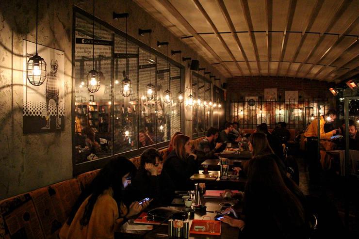 CO Mimarlık Dekorasyon İnşaat ve Dış Tic. Ltd. Şti. – OT Cafe:  tarz Duvarlar