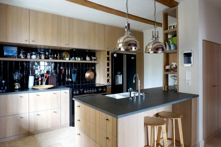 Küche: landhausstil Küche von Dr. Schmitz-Riol Planungsgesellschaft mbH