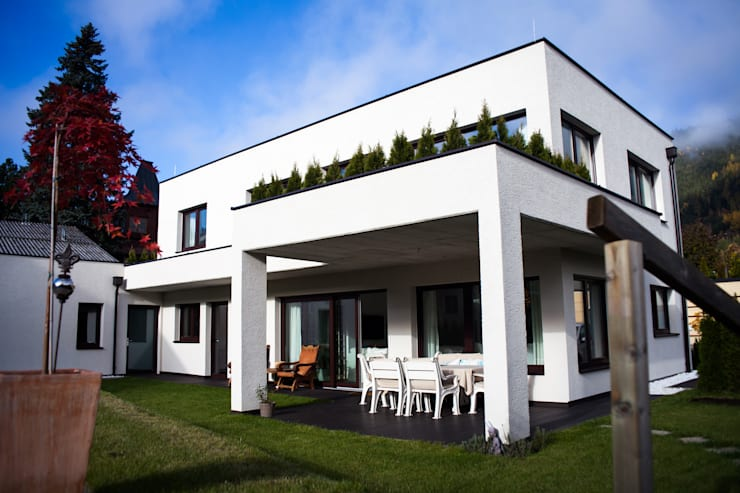 Einfamilienhaus Royer Schladming: moderne Häuser von room architecture