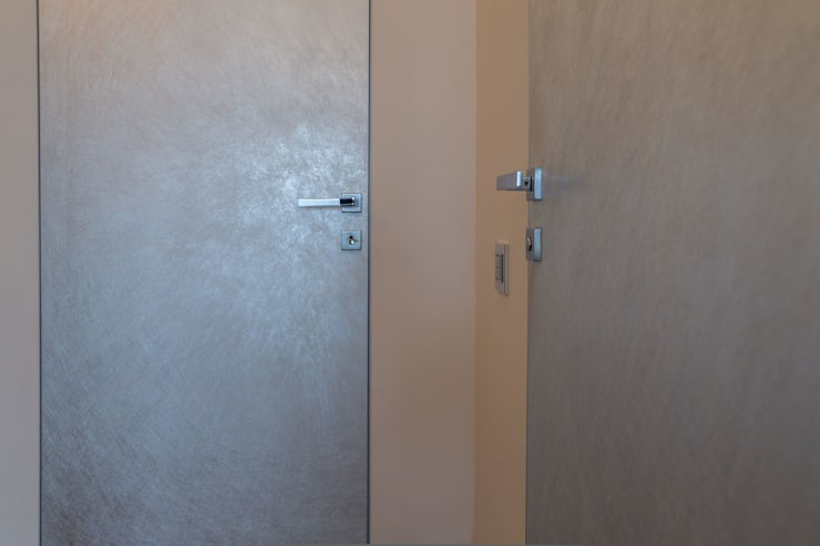 Квартира в ЖК Аэробус: Окна и двери в . Автор – JulyAlex