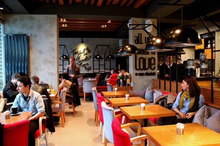 CO Mimarlık Dekorasyon İnşaat ve Dış Tic. Ltd. Şti. – Figen Pastanesi:  tarz Duvarlar