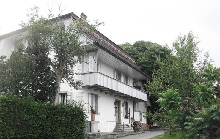 Ansicht  Südost: landhausstil Häuser von Dr. Schmitz-Riol Planungsgesellschaft mbH