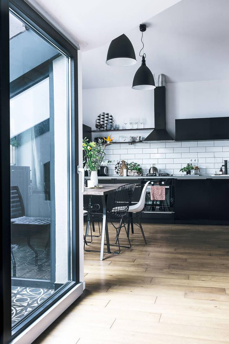 Mieszkanie Salwator, Kraków: styl , w kategorii Kuchnia zaprojektowany przez Odwzorowanie