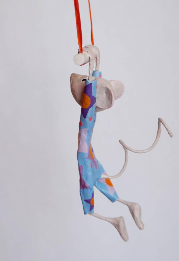 """Mobile petite souris trapéziste """"Jolie Zélie"""": Art de style  par FraNbulle"""