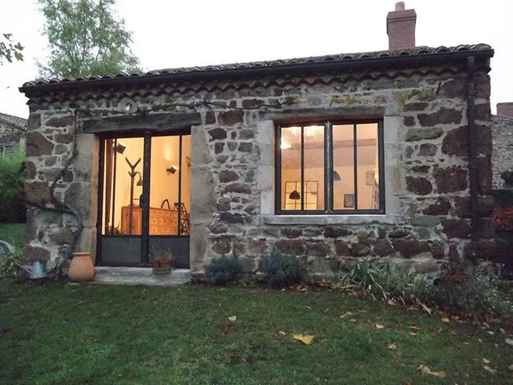 Le cuvage après notre intervention: Fenêtres de style  par Forge Art by A.T.R