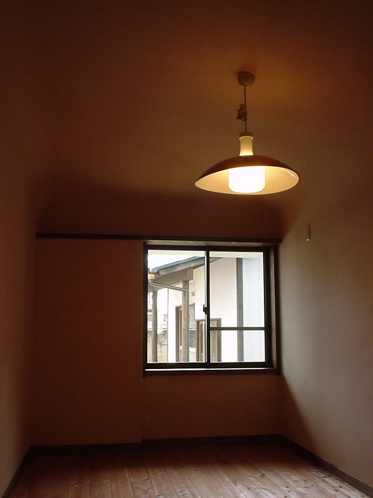 寝室: 土公建築・環境設計室   DOKO Archtecture & Environmental Designsが手掛けたです。