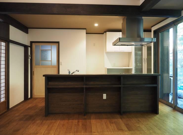 キッチン: 土公建築・環境設計室   DOKO Archtecture & Environmental Designsが手掛けたです。