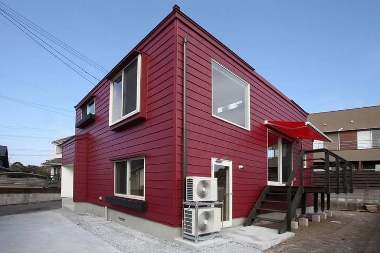 YNGH 吉野の小さな廻る家: 太田則宏建築事務所が手掛けた家です。