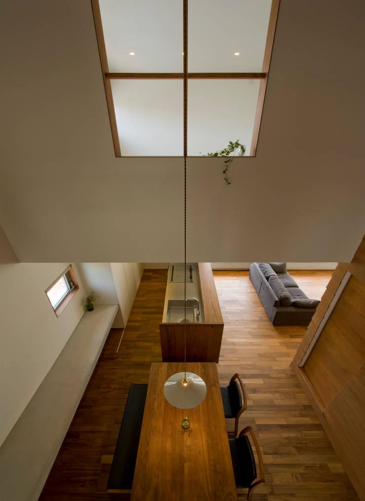 中ノ江の家: 浦瀬建築設計事務所が手掛けたダイニングです。