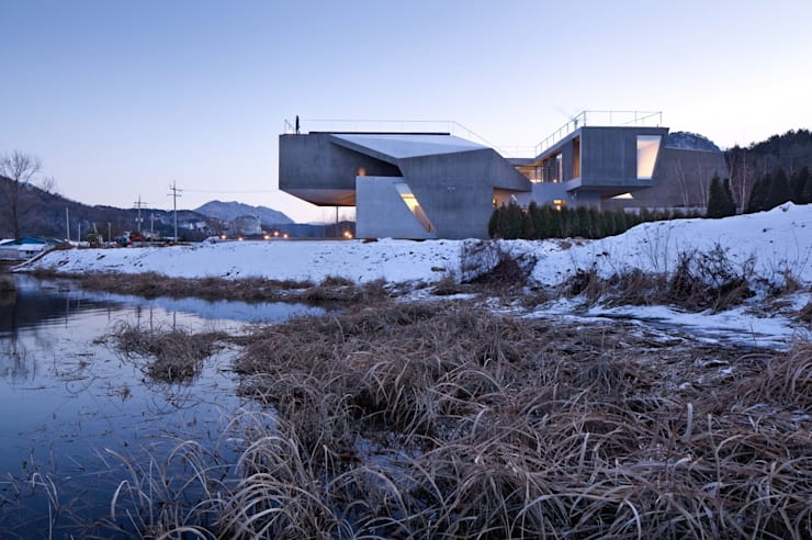 Guesthouse Rivendell: KWAK, HEESOO [IDMM Architects]의  주택