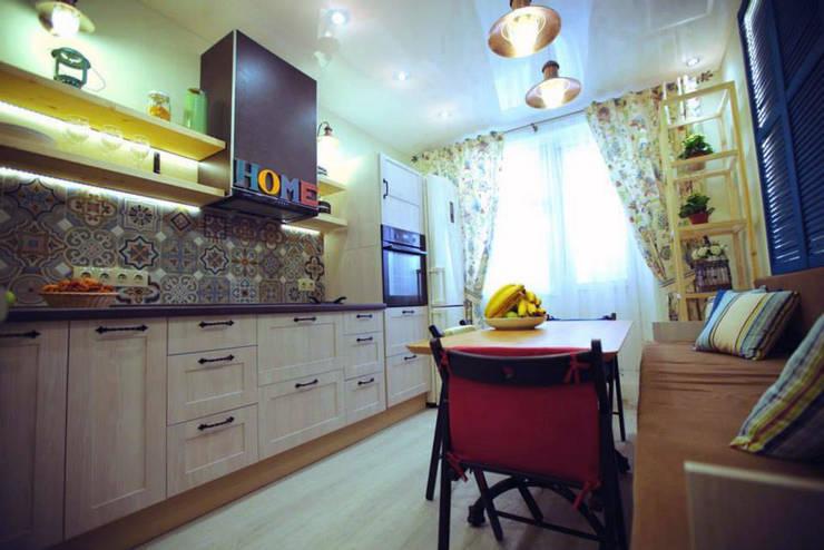 Кухня после переделки:  в . Автор – Дизайн-студия HOLZLAB