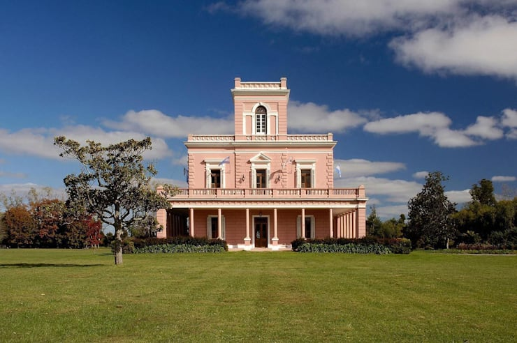 Houses by Estudio Sespede Arquitectos
