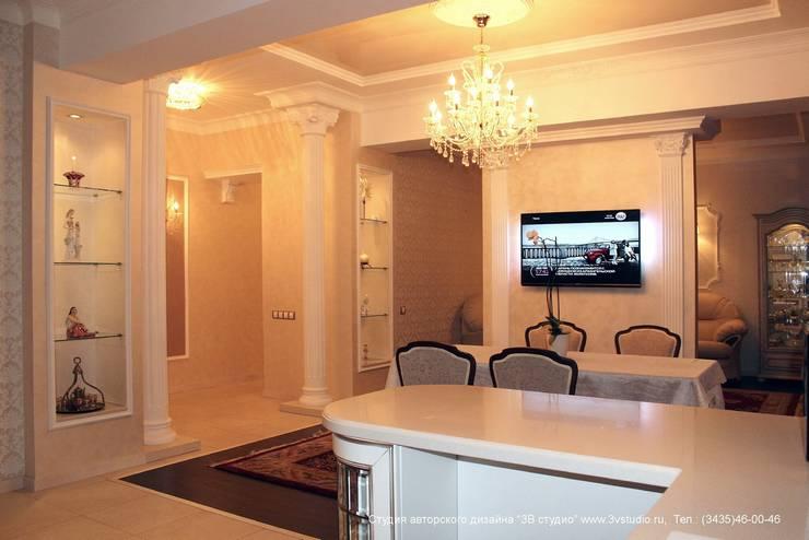 """Совмещенная гостиная, кухня и столовая в классическом стиле: Столовые комнаты в . Автор – Студия авторского дизайна """"3Встудио"""""""