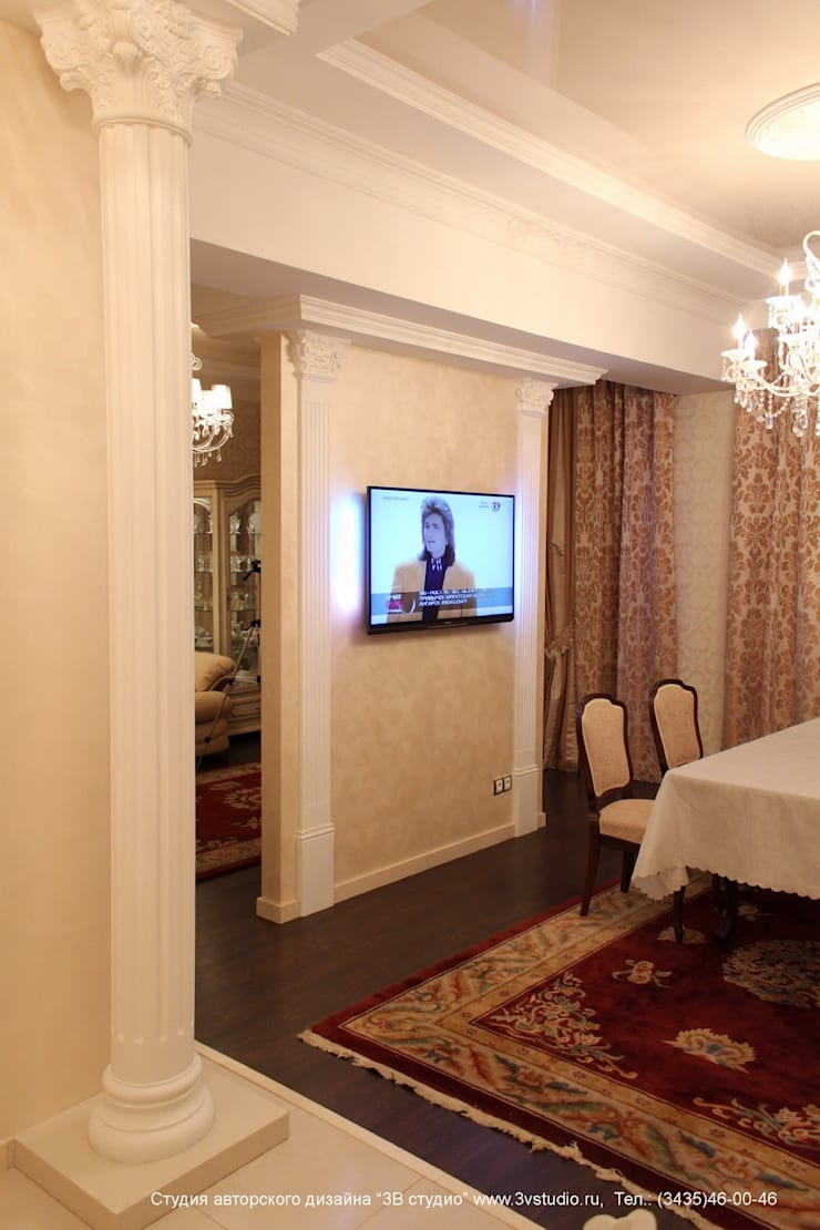 """Совмещенная гостиная, кухня и столовая в классическом стиле: Гостиная в . Автор – Студия авторского дизайна """"3Встудио"""""""