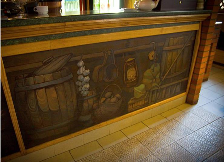 Роспись барной стойки в ресторане <q>Сова</q> : Столовые комнаты в . Автор – Sergei Zyrianov