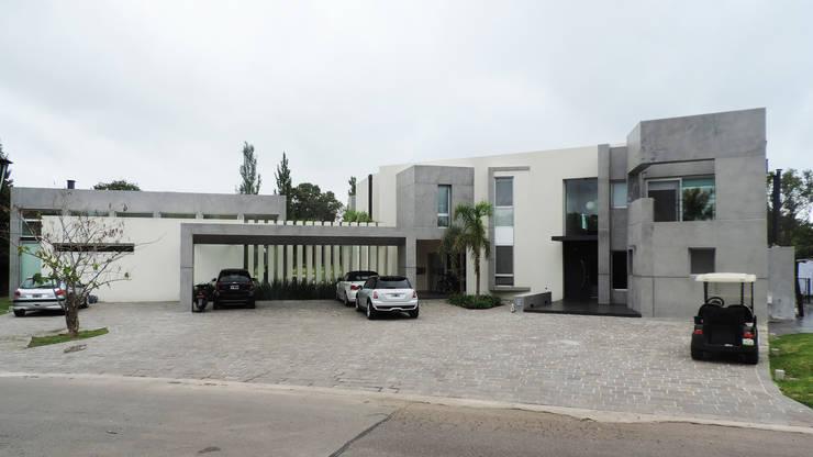 Casa YD - Estancia Abril: Casas de estilo moderno por de Jauregui Salas arquitectos