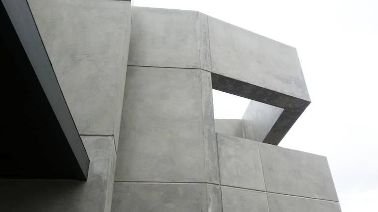 Casa YD – Estancia Abril: Paredes de estilo  por de Jauregui Salas arquitectos