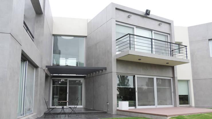 Casa YD – Estancia Abril: Casas de estilo  por de Jauregui Salas arquitectos