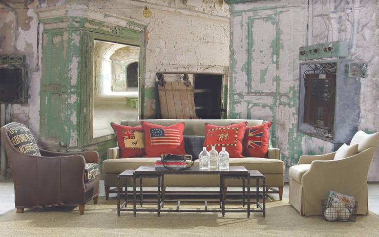 Paredes y pisos de estilo colonial por Creativespace