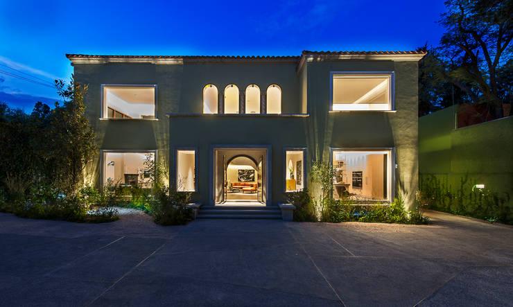 บ้านและที่อยู่อาศัย by Vieyra Arquitectos