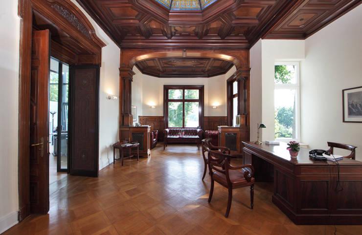 Studeerkamer/kantoor door Andreas Edye Architekten