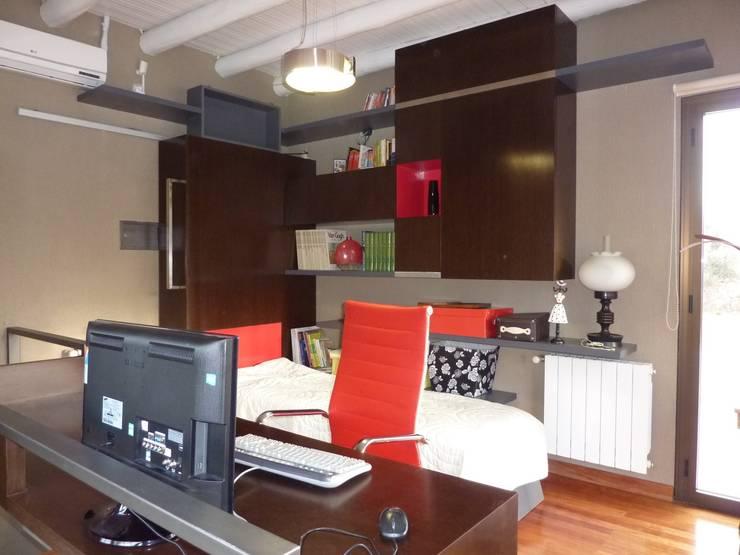 Estudio: Dormitorios de estilo  por ADUO arquitectos