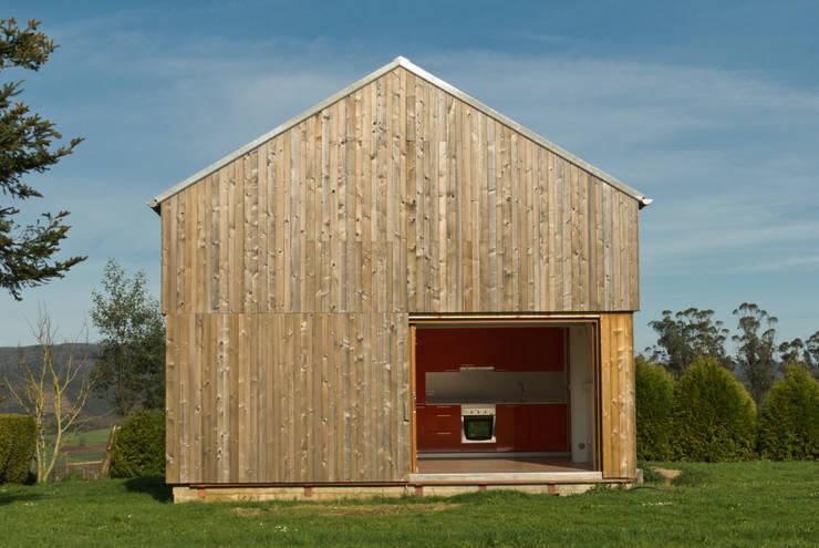Casas de estilo  por Arrokabe arquitectos