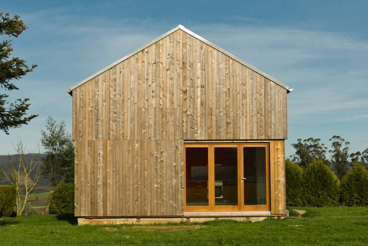 scandinavian Houses by Arrokabe arquitectos