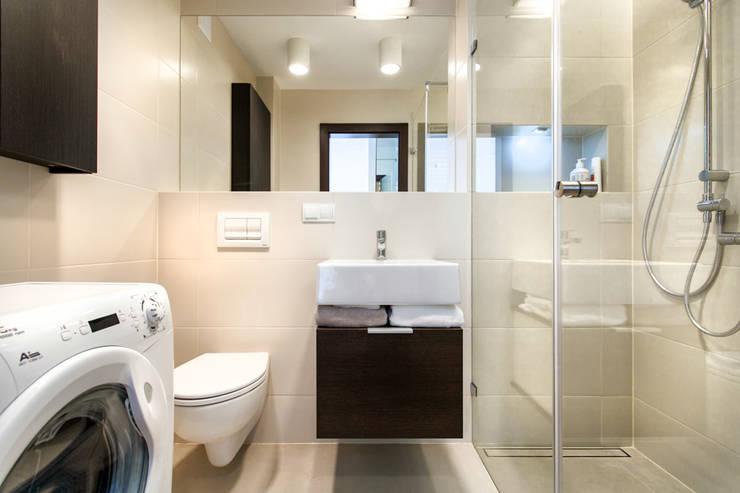 Garden Residence 11 – 32m2: styl , w kategorii Łazienka zaprojektowany przez UNQO
