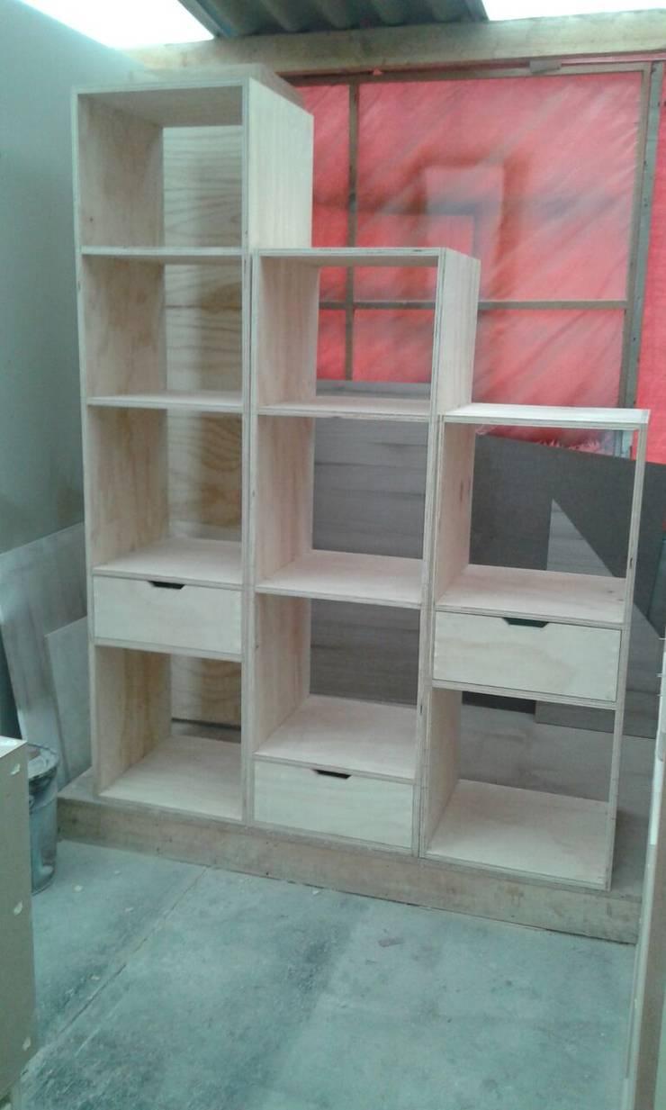 Proceso Fabricación: Hogar de estilo  por MONOAMBIENTE