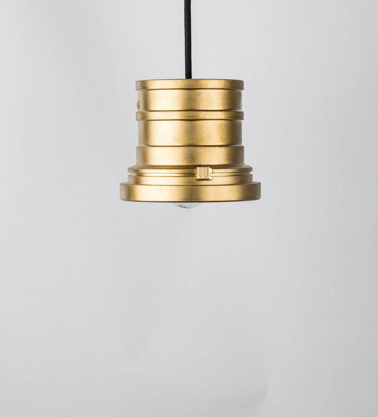 TU 03: styl , w kategorii  zaprojektowany przez Firelamps,Industrialny Aluminium/Cynk