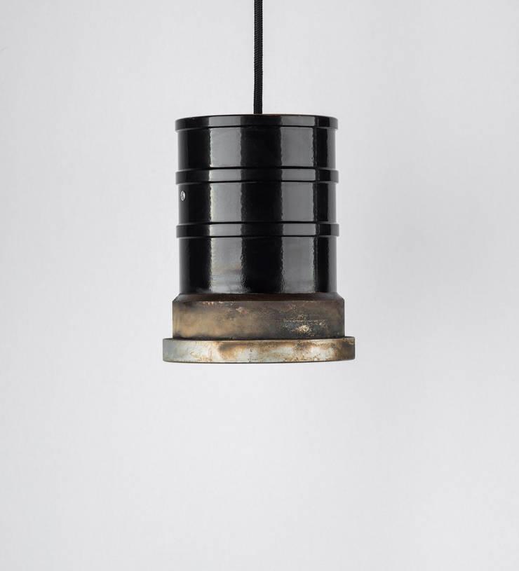 TU 04: styl , w kategorii  zaprojektowany przez Firelamps,Industrialny Aluminium/Cynk