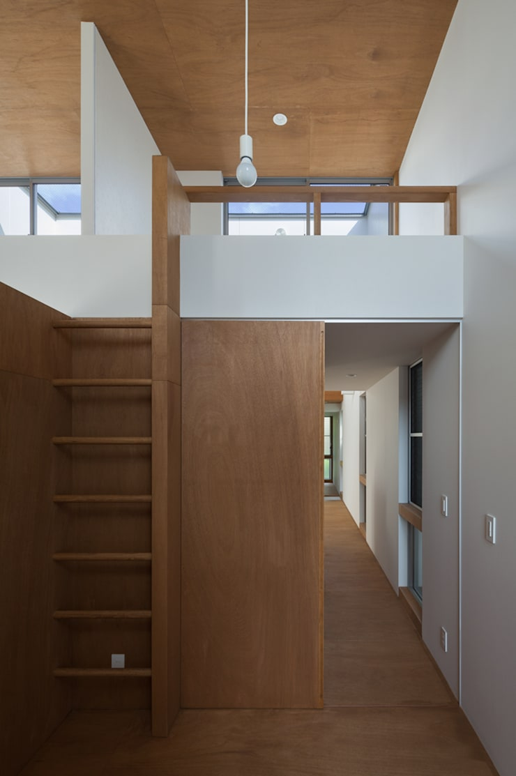 anguilla house: 吉田慎二/建築・計画ワイズスタジオが手掛けた子供部屋です。