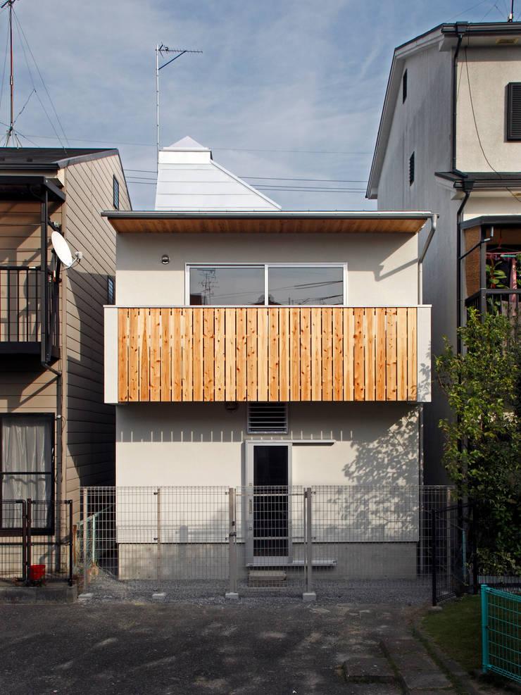 K氏のアトリエ: 塔本研作建築設計事務所が手掛けた家です。