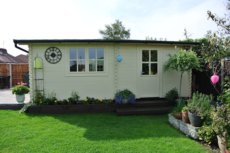 Wooden garages: classic Garden by Quick garden LTD