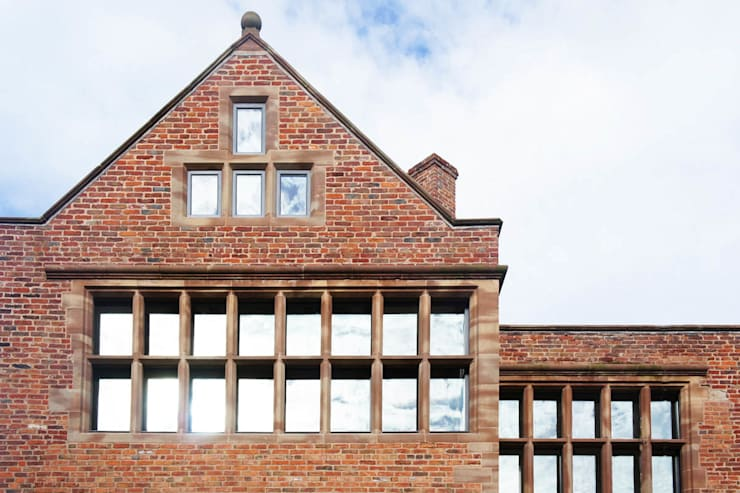 Bewsey Old Hall:  Houses by Pearson Architects