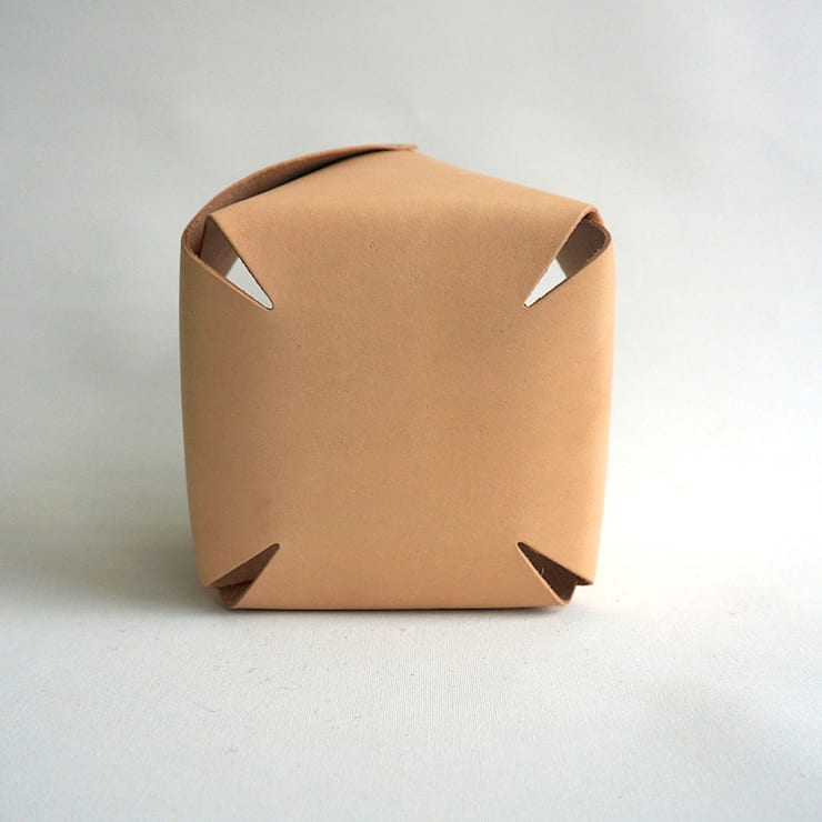naturel tanned leather container West medium, ROWOLD:  Studeerkamer/kantoor door ROWOLD