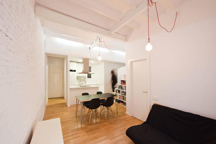 moderne Keuken door Dolmen Serveis i Projectes SL