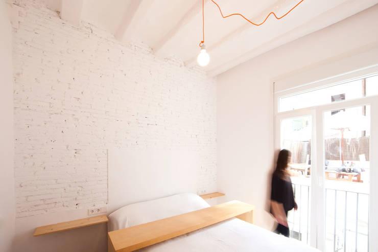 Projekty,  Sypialnia zaprojektowane przez Dolmen Serveis i Projectes SL