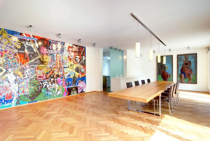 Privathaus München:  Esszimmer von raumkontor Innenarchitektur Architektur
