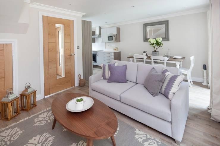 Salas / recibidores de estilo  por Emma & Eve Interior Design Ltd, Moderno